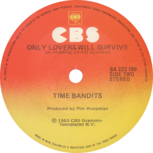 Time bandits - I am only shooting love / New Zealand