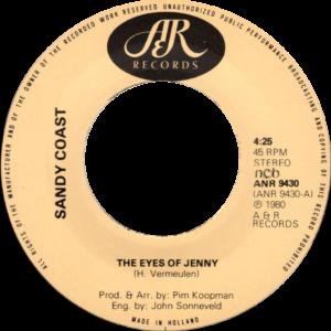 Sandy coast - The eyes of Jenny / Scandinavia